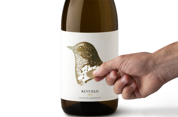 Image of Revuelo Wine
